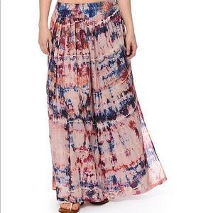New Billabong tie dye skirt
